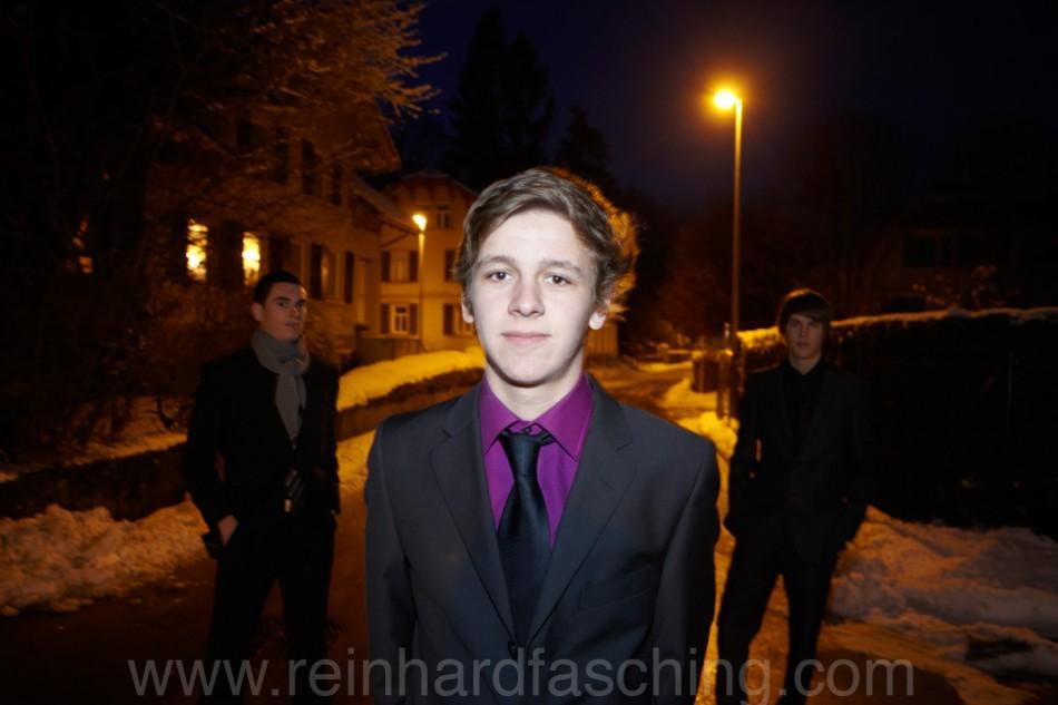 Reinhard Fasching fotografiert Kassian in Lustenau und Anzug