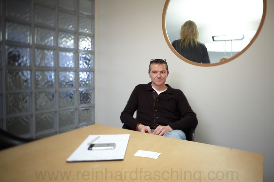 Reinhard Fasching fotografiert Roland Geiger, Ammarkt Werbeagentur