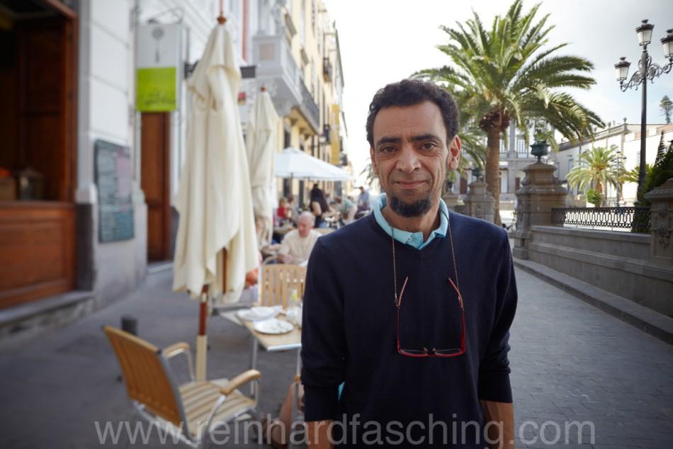 Reinhard Fasching fotografiert Malih, einen Restaurant Besitzer in las Palmas