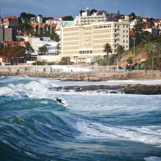 Estoril Surf mit Cascais im Hintergrund, Nov. 2011