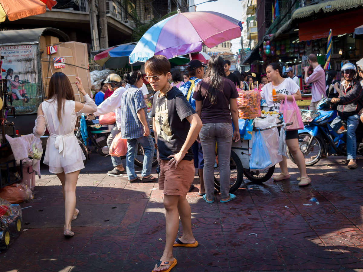 Street and fashion show on a crossroad, Chinatown, Bangkok, Jan. 2013, photography by Reinhard Fasching.